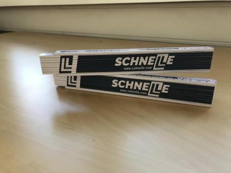"""Holz-Gliedermaßstab mit Logo """"SCHNELLE"""""""